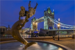 Wanddeko Brunnen Tower Bridge London