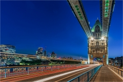 Wandbild Leuchtspuren Tower Bridge London
