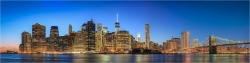Panoramabild New York USA  die Skyline am Abend
