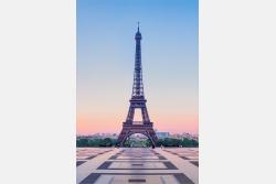 Paris Eiffelturm am Morgen